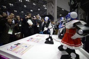 Yılda iki kez düzenlenen Uluslararası Robot Fuarı Japonya'nın başkenti Tokyo'da başladı. Tokyo Big Sight'ta düzenlenen fuarda, robot teknolojisindeki son gelişmeler sergilendi. (David MAREUIL - Anadolu Ajansı)